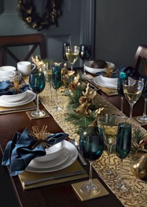 Blue-and-gold-table-013